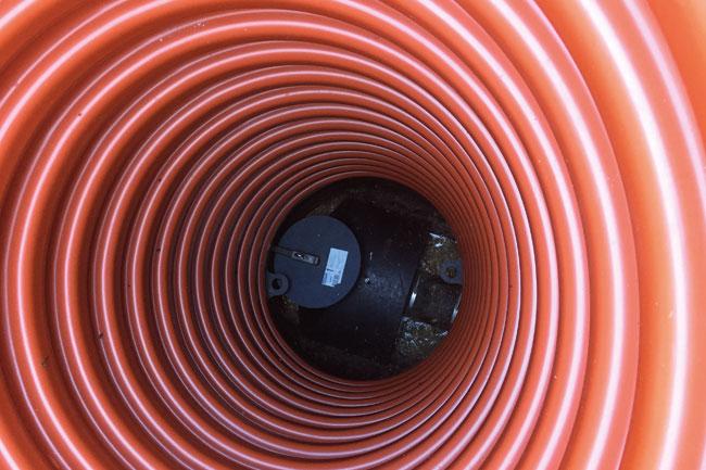 Bakvattenstopp i orange plast